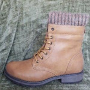 Via Pinky Shoes - Via Pinky Brown Boots size 7